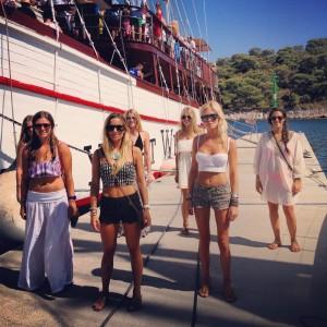 Walk The Dock Fashion The Yacht Week The Yacht Week